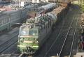 Грузовой поезд на Саратовском вокзале.jpg